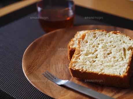 パウンドケーキの写真素材 [FYI00050498]