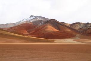 色んな茶色の山の写真素材 [FYI00051040]