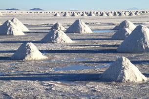 ウユニ塩湖の写真素材 [FYI00051041]