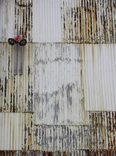 倉庫の壁の素材 [FYI00051548]