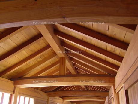 屋根の裏側の素材 [FYI00051645]
