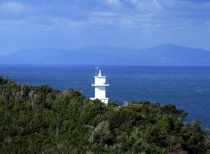 瀬戸内海と灯台の素材 [FYI00051751]