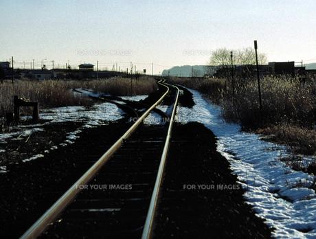 冬の線路の素材 [FYI00051789]