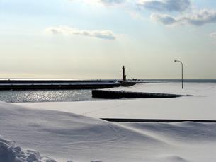 冬の灯台の素材 [FYI00051856]