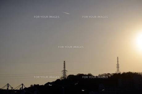 鉄塔と電線の素材 [FYI00052260]