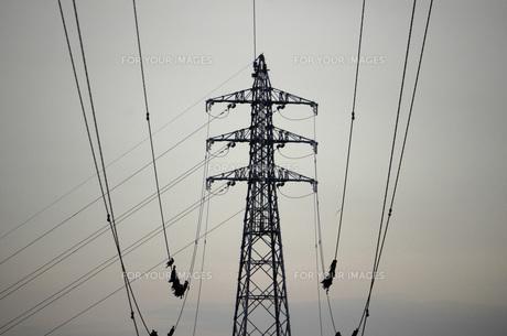 鉄塔と電線の素材 [FYI00052267]