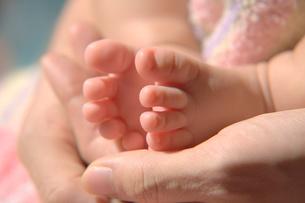 赤ちゃんの足の素材 [FYI00053594]