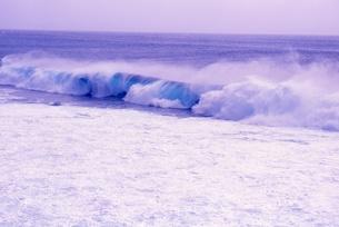 波の写真素材 [FYI00054450]