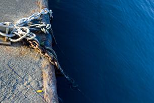 係留のロープの写真素材 [FYI00056757]