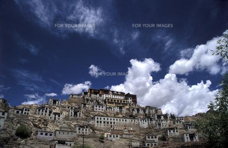 チベット寺院の素材 [FYI00057489]