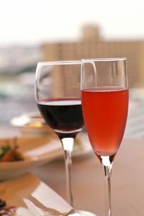 シャンパンとワインの写真素材 [FYI00057833]