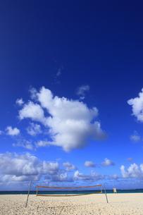サイパン マニャガハ島 バレーコートの写真素材 [FYI00057997]