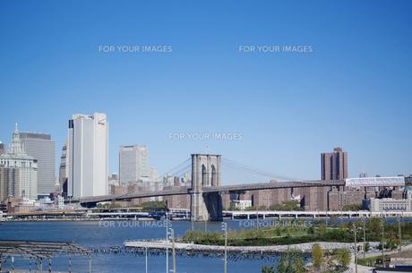 ブルックリンプロムナードから見たマンハッタンの写真素材 [FYI00058637]