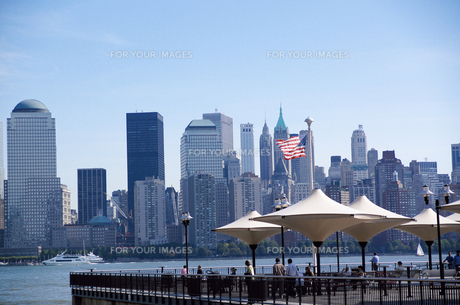 ニュージャージーからみたマンハッタンの写真素材 [FYI00058785]