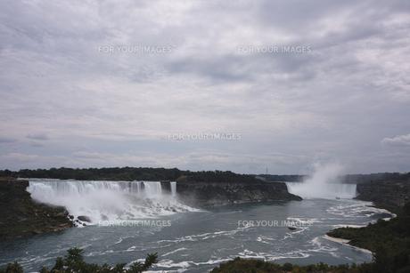 ナイアガラの滝の写真素材 [FYI00059186]