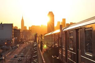 ニューヨークの夕日の写真素材 [FYI00059755]