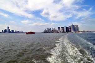 夏のニューヨークハーバーの写真素材 [FYI00059788]