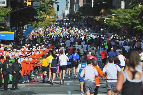 ニューヨーク シティ マラソンの写真素材 [FYI00059848]