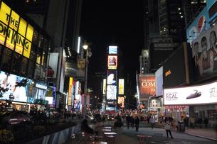 タイムズスクエア 夜景の写真素材 [FYI00059964]