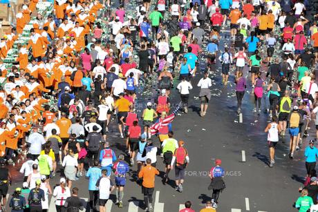 ニューヨーク シティ マラソンの写真素材 [FYI00059988]