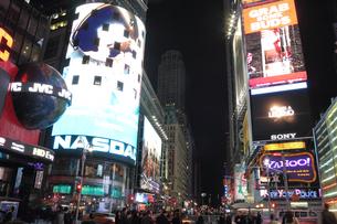 タイムズスクエア 夜景の写真素材 [FYI00059991]