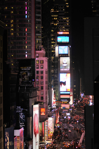 タイムズスクエア 夜景の写真素材 [FYI00060072]