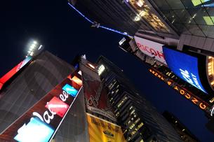 タイムズスクエア夜景の写真素材 [FYI00060082]