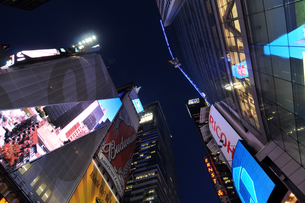 タイムズスクエア夜景の写真素材 [FYI00060083]