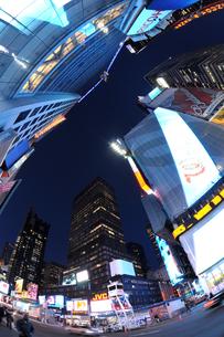 タイムズスクエア夜景の写真素材 [FYI00060092]