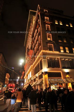 クリスマスのニューヨーク5番街の写真素材 [FYI00060378]