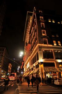 クリスマスのニューヨーク5番街の写真素材 [FYI00060387]