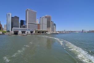 マンハッタン南端、高層ビル群の写真素材 [FYI00060452]