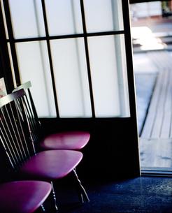 渡り廊下と椅子の素材 [FYI00060714]