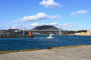 門司港と関門橋の写真素材 [FYI00060950]