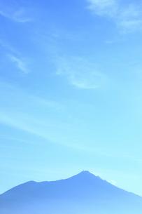 早朝の筑波山の写真素材 [FYI00061423]