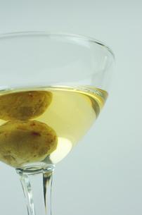猿梨の果実酒の写真素材 [FYI00061722]