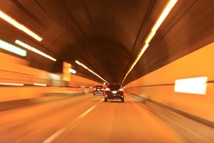 トンネル 高速撮影の素材 [FYI00061926]
