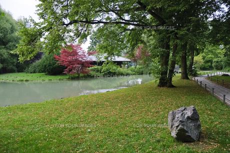 ドイツ ミュンヘン 英国庭園の日本茶室の素材 [FYI00062682]