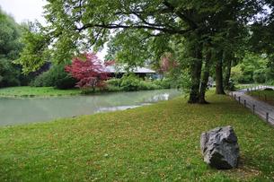 ドイツ ミュンヘン 英国庭園の日本茶室の写真素材 [FYI00062682]