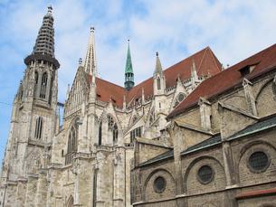 ドイツ レーゲンスブルク大聖堂の写真素材 [FYI00063261]