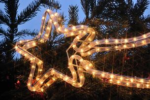 クリスマスマーケットの素材 [FYI00063346]
