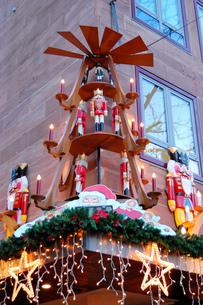 クリスマスマーケットの素材 [FYI00063403]
