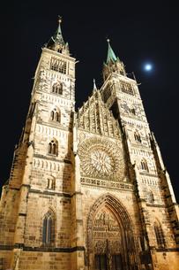 ドイツ ニュルンベルク 聖ローレンツ教会の写真素材 [FYI00063443]
