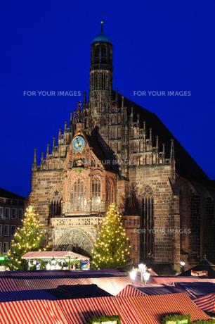 ドイツ ニュルンベルク クリスマスイルミネーションの素材 [FYI00063447]