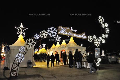 ドイツ ハンブルク クリスマスマーケットの素材 [FYI00063464]