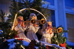 ドイツのクリスマスマーケットの写真素材 [FYI00064397]