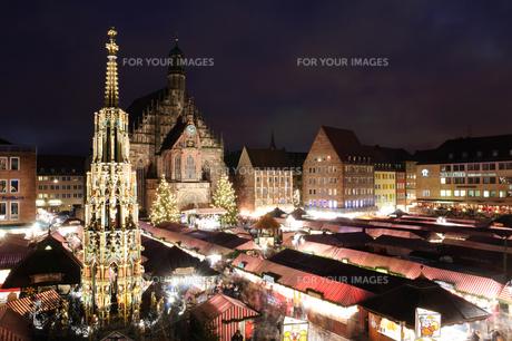 ドイツ ニュルンベルク Christkindlesmarkt(クリスマスマーケット)の素材 [FYI00064398]