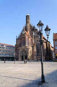 ドイツ ニュルンベルク フラウエン教会の素材 [FYI00065025]