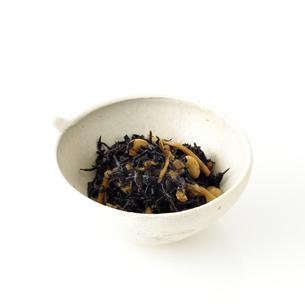 ひじきの小鉢の写真素材 [FYI00065679]