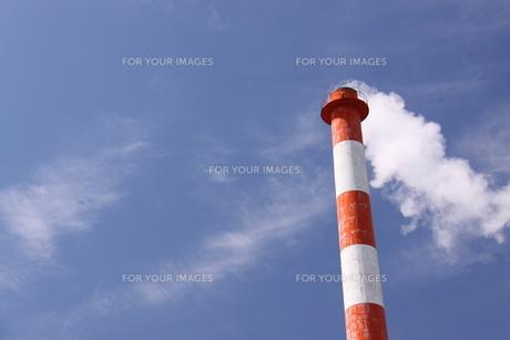 煙突の写真素材 [FYI00065730]